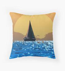 Sailing to the horizon Throw Pillow