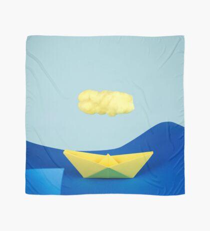 Die gelbe Wolke über dem gelben Schiff Tuch
