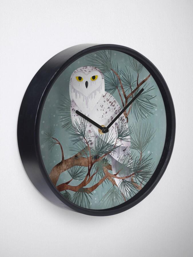 Alternate view of Snowy Clock