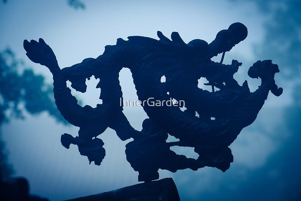 Dragon by InnerGarden