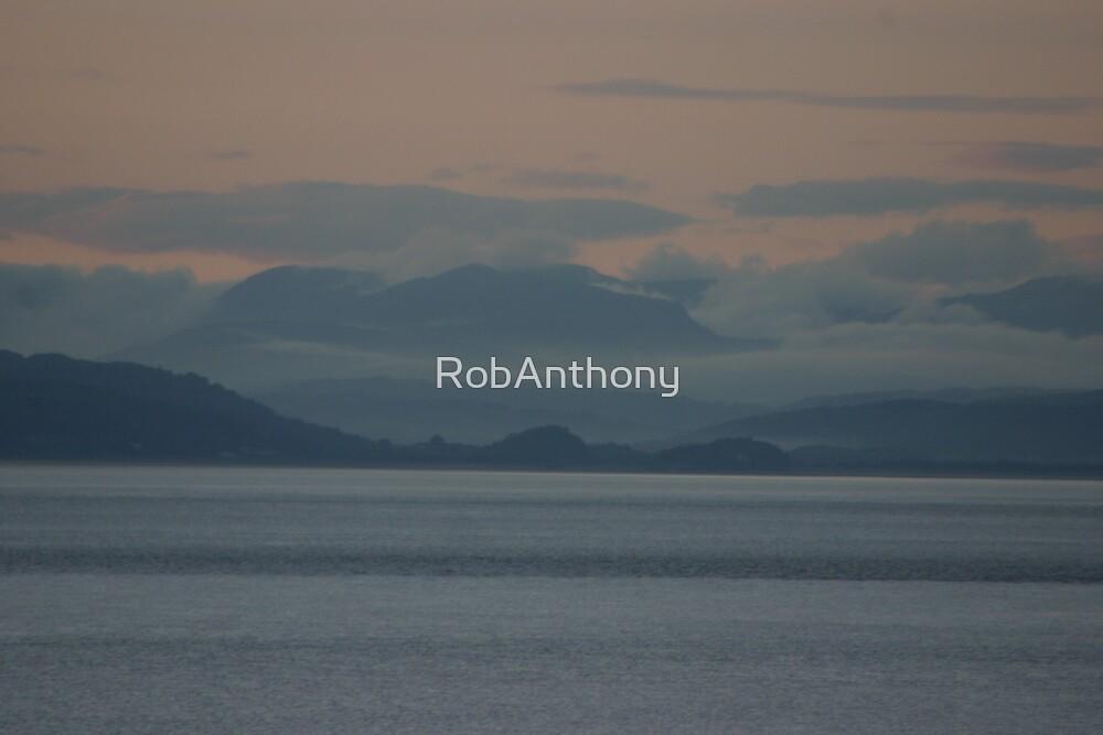 mistey hills by RobAnthony