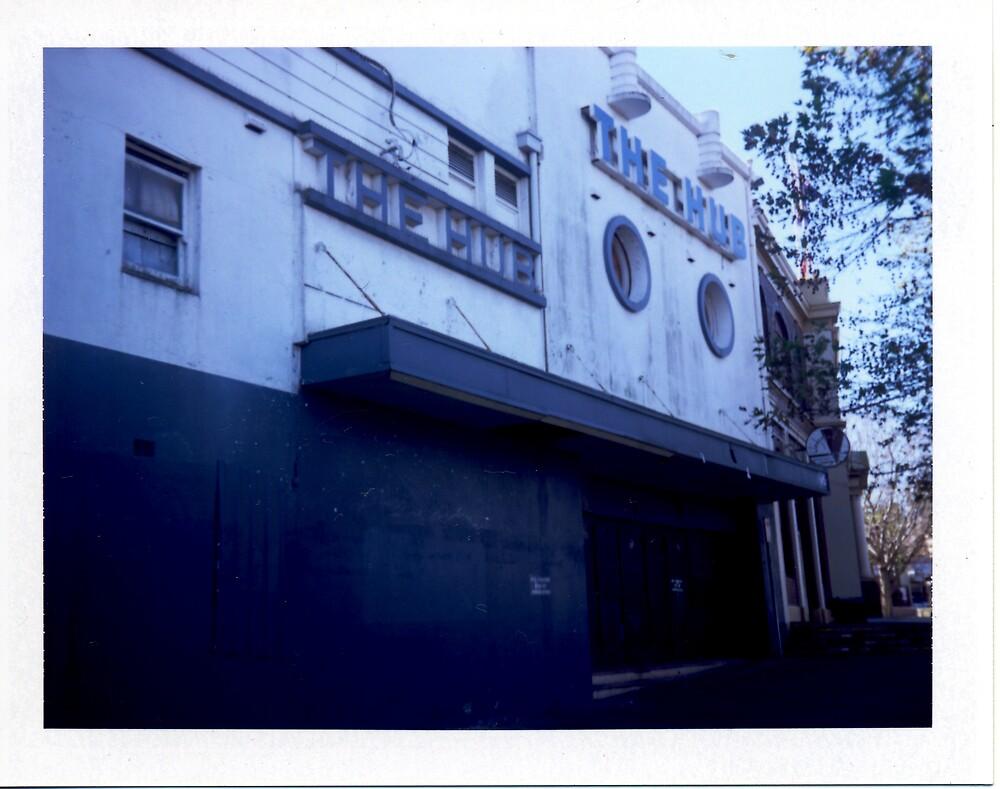 The Hub - Polaroid by tano