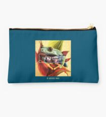 The Red-Eyed Frog by Art4feel Paris (blue) Studio Pouch