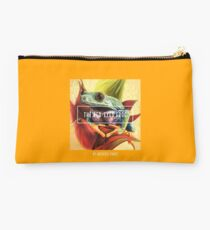 The Red-Eyed Frog by Art4feel Paris (yellow) Studio Pouch