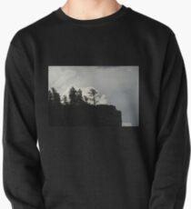 Sturmwolken und Baum Sweatshirt