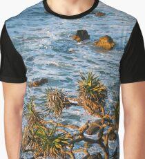 Pandanus sunrise Graphic T-Shirt