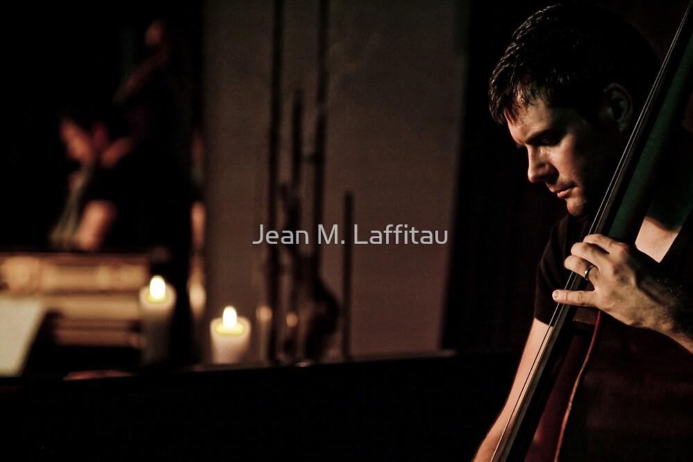 Un homme, 4 cordes...une symphonie! (01) by Jean M. Laffitau
