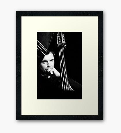 Un homme, 4 cordes...une symphonie! (02) Framed Print