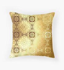 Golden oriental pattern Throw Pillow