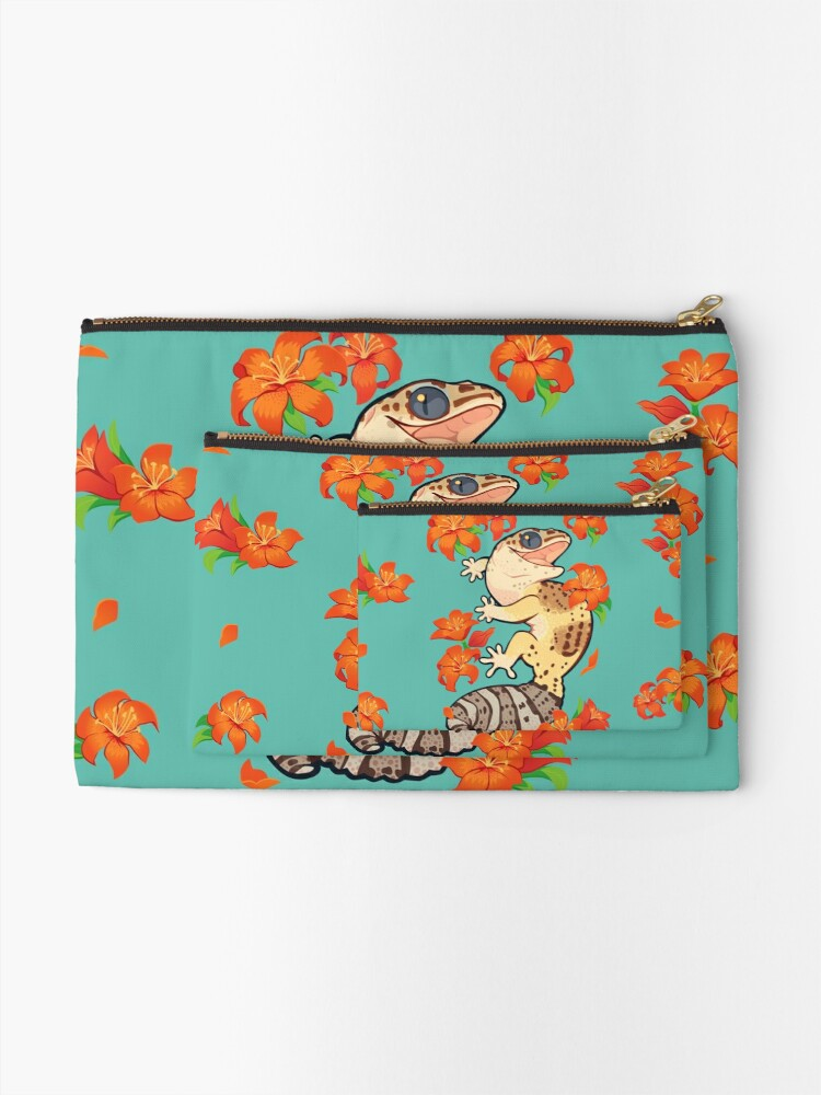 Alternate view of Fire lily gecko Zipper Pouch