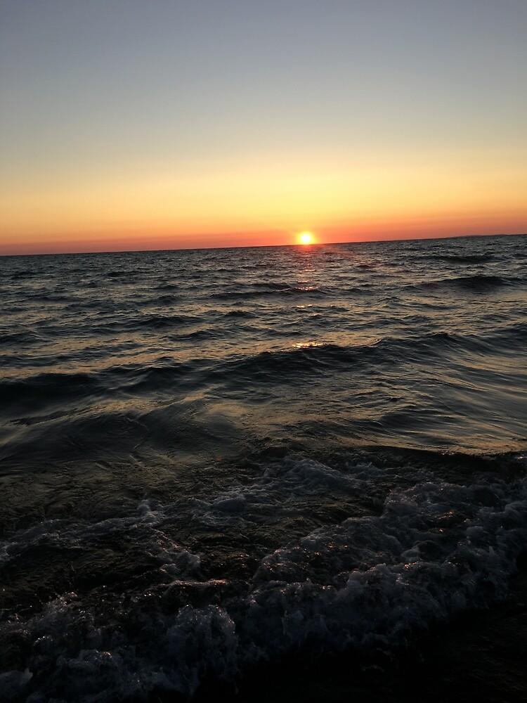 Lake Michigan  by Wyattshirk
