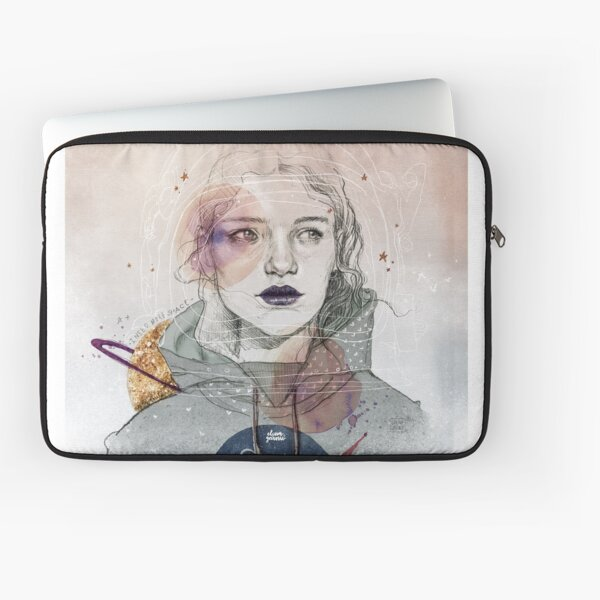 I NEED MORE SPACE Laptop Sleeve