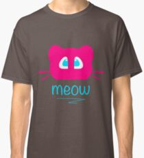 Pink cat head with blue eyes. Meow =) Classic T-Shirt