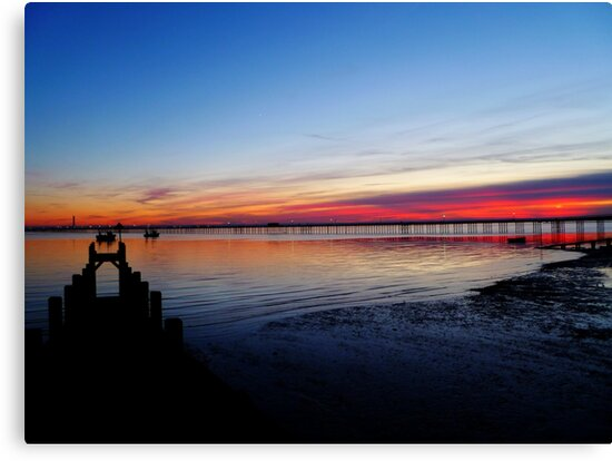 Sunset on the Shore of Southend by Vicki Spindler (VHS Photography)
