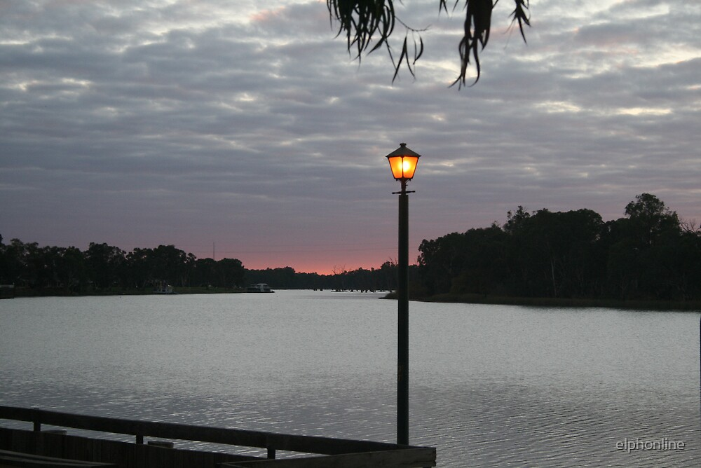 Dusk at Renmark, S.A. by elphonline