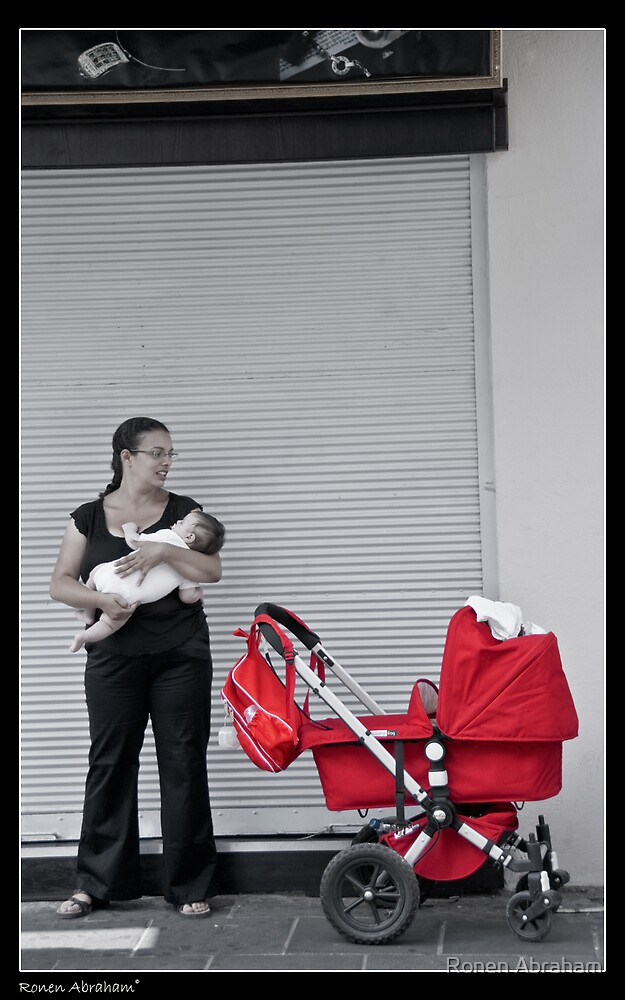 a love of mother is red moment by Ronen Abraham