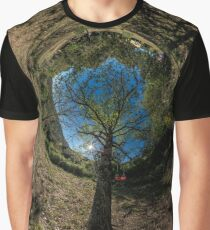 The swing Graphic T-Shirt