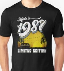 Made in 1987 All Original Parts 30 Birthday Gift T-Shirt