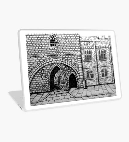 256 - ABBEY ARCH, NORTHGATE STREET, CHESTER DAVE EDWARDS - INK 2014 Laptop Skin