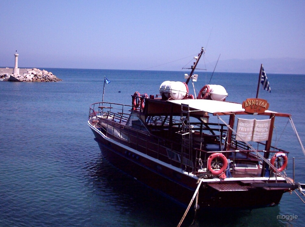 Hersonissos Harbour by moggie