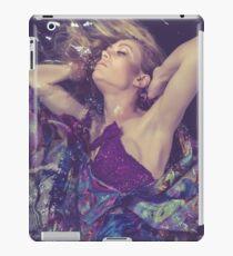Dress Finds You iPad Case/Skin