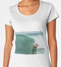 Bodyboarder in action Women's Premium T-Shirt