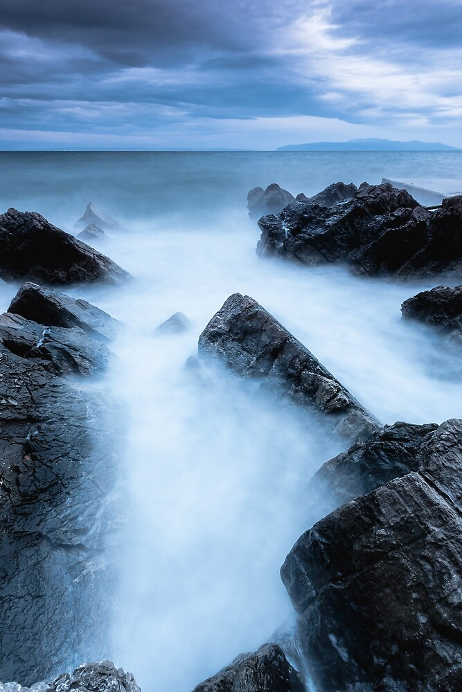 Disappearing waves by Patrik Lovrin