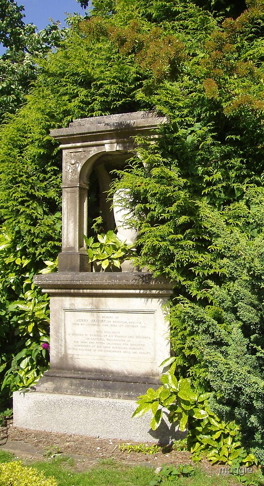 Woodvale Monument by moggie