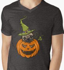 cute halloween pumpkin pug T-Shirt