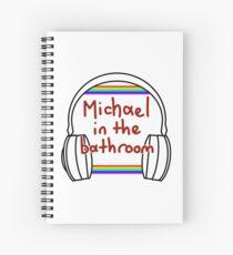 Michael im Badezimmer Spiralblock