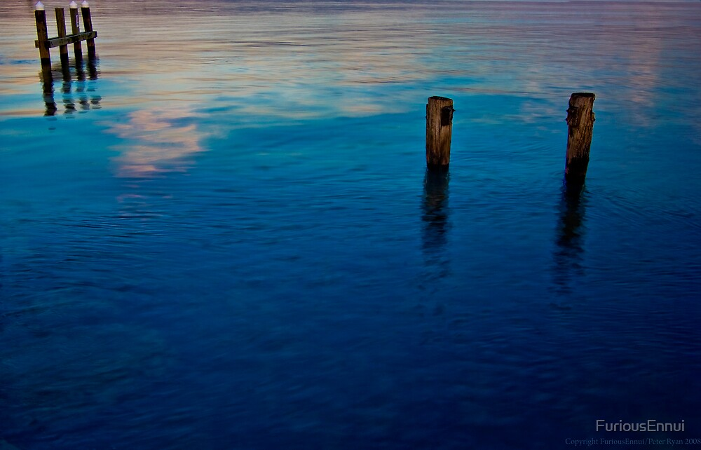Mordialloc Pier III by FuriousEnnui