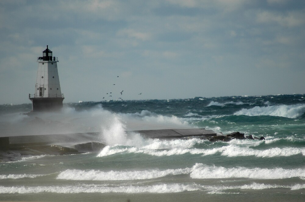 Winter lighthouse waves by BarbsUSA