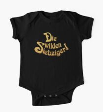 Title - Die Wilden Siebziger! Kids Clothes