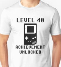 LEVEL 40 ACHIEVEMENT UNLOCKED Console retro video games 40th birthday T-Shirt