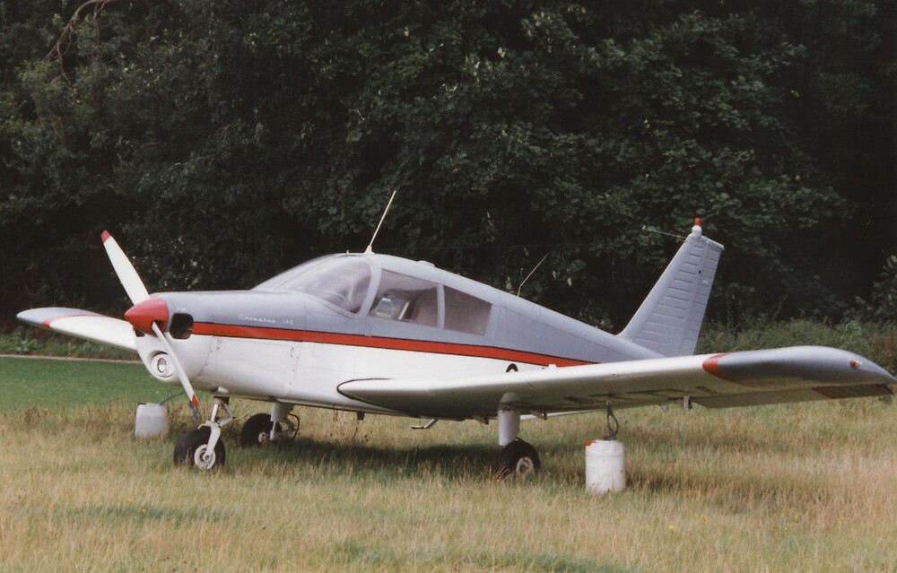 Piper Cherokee 140 by Edward Denyer