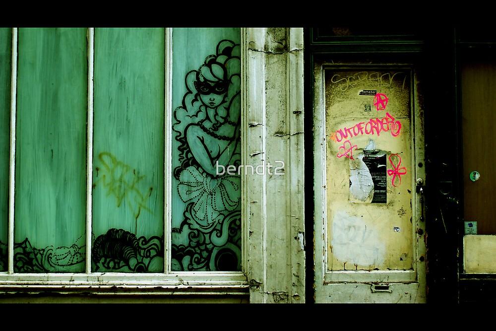 London Green 5 of 6 : Building Art A by berndt2