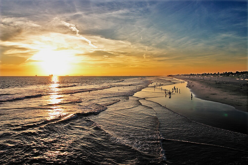 Huntington Beach by ehpien