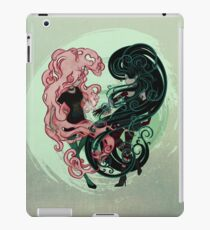 Bonnibel and Marcy: Complete me iPad Case/Skin