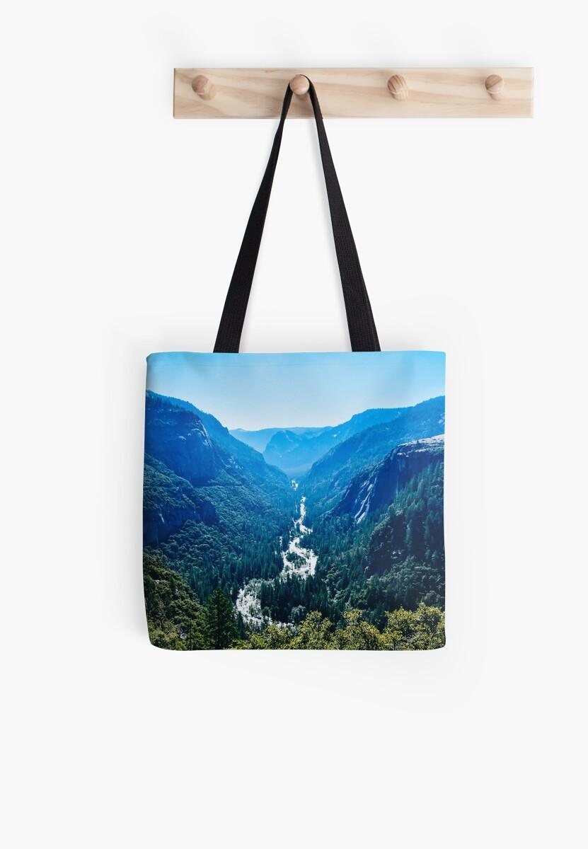 Yosemite Hues by anhthyho