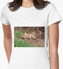 Fox Kit 9 Women's Fitted T-Shirt