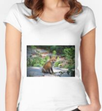 Red Fox Kit Women's Fitted Scoop T-Shirt