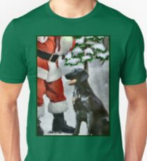 Flat-Coated Retriever With Santa Christmas Gifts T-Shirt