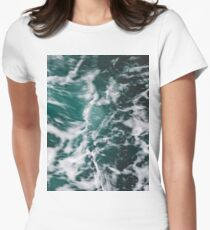 Perfect Ocean Waves Women's Fitted T-Shirt