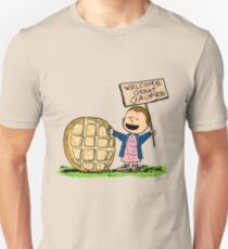 "Eleven vs Linus, in ""The great Gaufre"" vs ""The Great Pumpkin"" - Stranger Things Peanuts mashup T-Shirt"