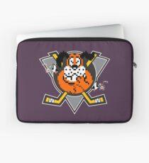 Mighty Duck Hunt Laptop Sleeve