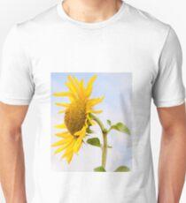 Sunflower king in blue sky T-Shirt