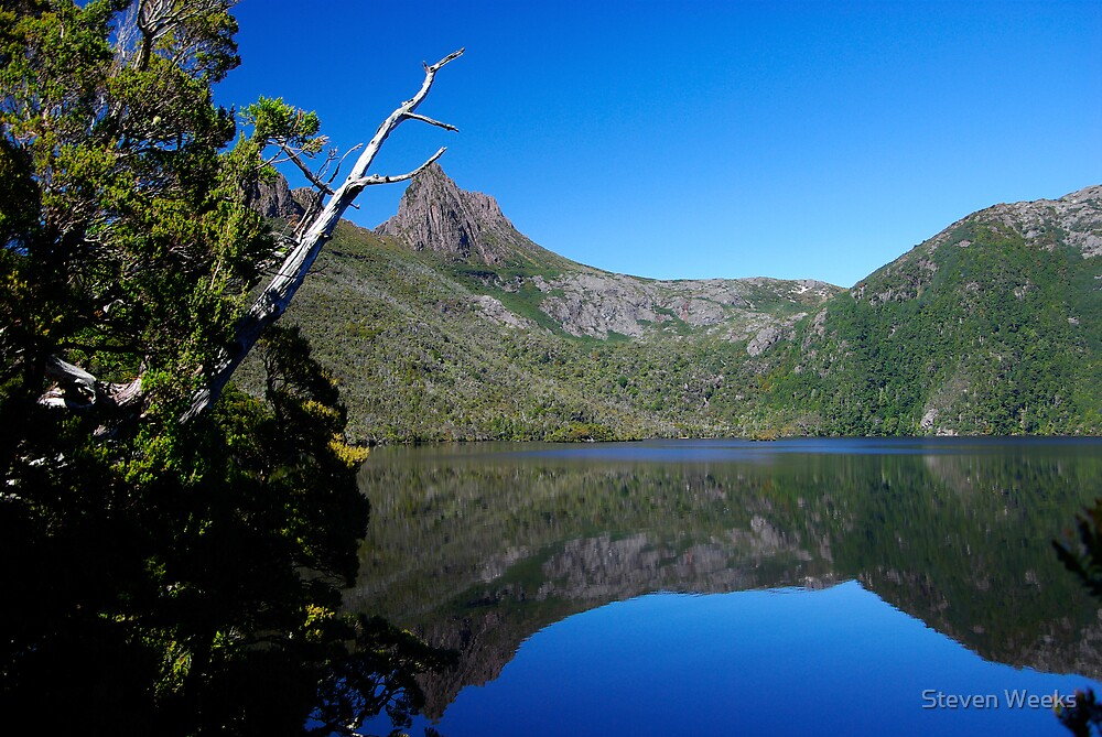 Dove Lake, Cradle Mountain by Steven Weeks