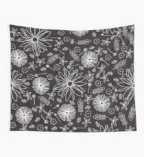 Scattered floral dreams in white and black Wall Tapestry