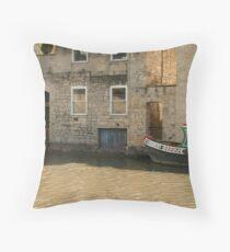 Venetian Bath Throw Pillow