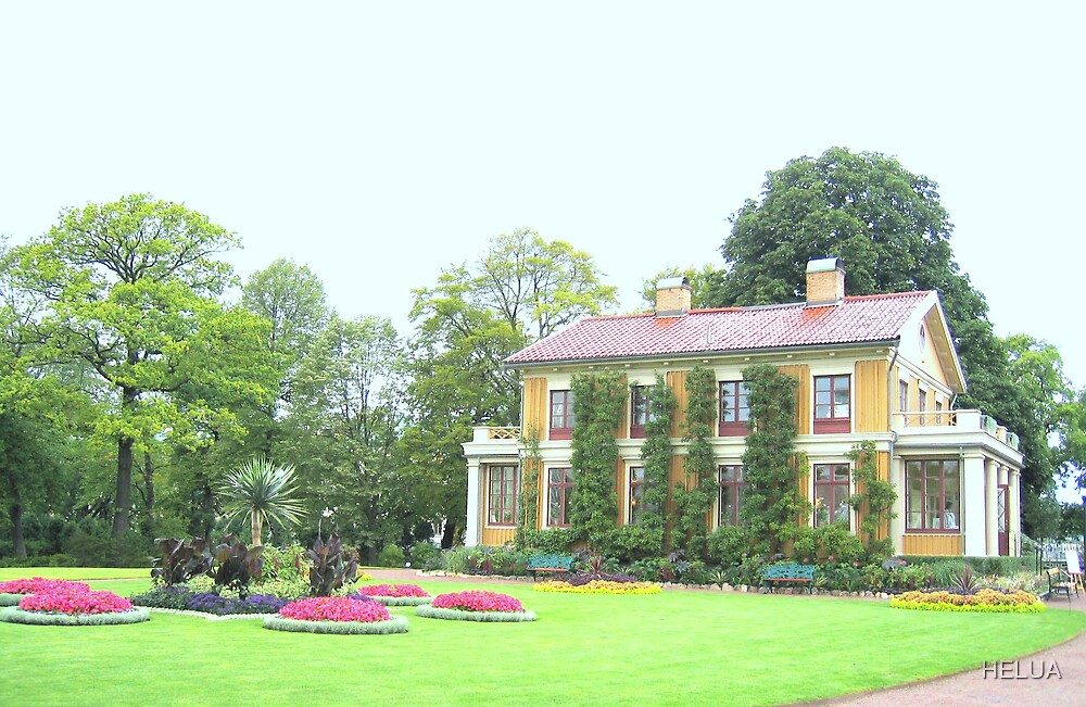 Villa in the Park by HELUA